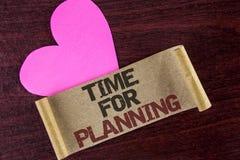 Pisać nutowym pokazuje czasie Dla Planować Biznesowa fotografia pokazuje początek projekt Robi decyzjom Organizatorskiemu rozkład Fotografia Stock