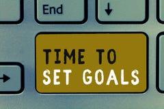 Pisać nutowym pokazuje czasie Ustawiać cele Biznesowa fotografia pokazuje Pragnący Obiektywnego Chciał osiągać w przyszłości zdjęcie stock
