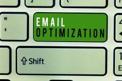Pisać nutowym pokazuje emaila optymalizacja Biznesowy fotografii pokazywać Maksymalizuje skuteczność kampania marketingowa zdjęcie stock