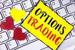 Pisać nutowym pokazuje opcja handlu Biznesowa fotografia pokazuje opcja handlu rynku papierów wartościowych analizy inwestorskieg Obrazy Royalty Free
