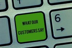Pisać nutowym seansie Co Mówją Nasz klienci Biznesowa fotografia pokazuje znać użytkownik informacje zwrotne konsument reakcje obrazy royalty free
