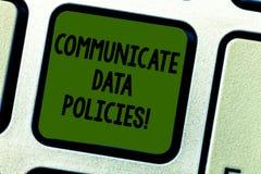Pisać nutowym seansie Komunikuje dane polisy Biznesowa fotografia pokazuje ochronę przekaz poufny ilustracji