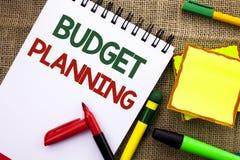 Pisać nutowym seansu budżeta planowaniu Biznesowa fotografia pokazuje Pieniężnego Plannification cenienie przychody i kosztu pisa obrazy stock