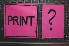 Pisać nutowym seansu druku Biznesowa fotografia pokazuje produkt spożywczy list liczy symbole na papierze maszyną używać atrament Zdjęcia Royalty Free