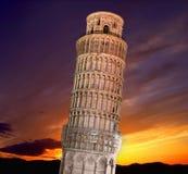 полагаясь башня pisa Стоковое Изображение RF
