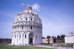 Pisa Baptistery av St John royaltyfria foton