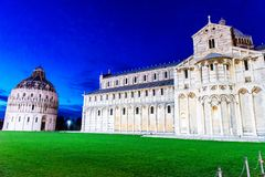 Pisa - Doopkapel, Kathedraal, Italië Royalty-vrije Stock Afbeeldingen