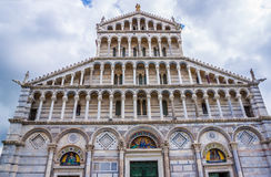 Pisa Duomo Katedralni di Pisa z Oparty wierza Pisa na piazza dei Miracoli w Pisa Zdjęcie Royalty Free