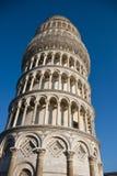 pisa för piazza för deiitaly lutande miracoli torn Arkivfoto