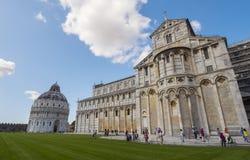 2017 Pisa katedra przy Miracoli kwadratem PISA WŁOCHY, WRZESIEŃ 13 - Zdjęcie Royalty Free