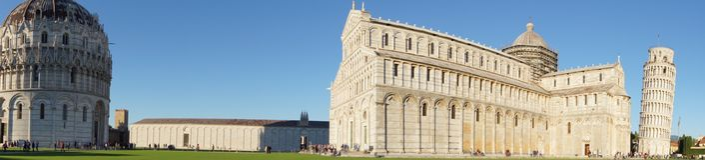Pisa-Kathedrale mit Baptisterium und Campenille lizenzfreies stockfoto