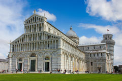 Pisa-Kathedrale und lehnender Kontrollturm Lizenzfreies Stockfoto