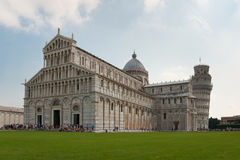 Pisa-Kontrollturm und Kathedrale stockfoto