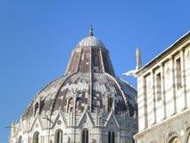 Pisa, Marktplatz dei miracoli lizenzfreies stockbild