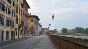 Pisa miasto, Włochy Widok stare ulicy i różnorodni budynki Obraz Stock