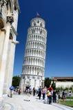 Pisa. Oparty wierza, Tuscany punkt zwrotny Zdjęcia Stock