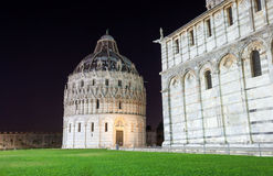 Pisa, Piazza del Duomo with Battistero, Basilica and the leaning. Tower, Italy Stock Images