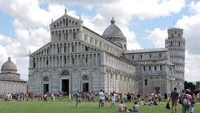 Pisa piazzadeimiracoli, landskap arkivfoto