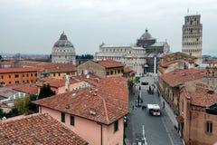 Pisa sikt av kupolfyrkanten från över Arkivfoton