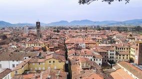 Pisa-Stadt von der Spitze stockbild