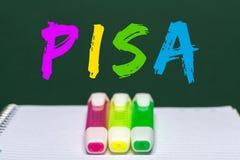 Pisa-Studie an Bord geschrieben Lizenzfreie Stockfotos
