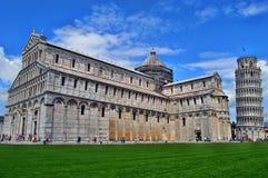 Pisa - Toren en kathedraal Stock Afbeeldingen