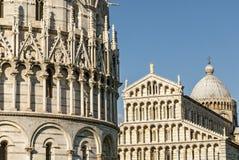 Pisa (Toscana) - cattedrale e battistero Fotografia Stock