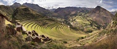 Pisac Incamonument i peruanska Anderna nära Cuzco, Peru Royaltyfri Foto