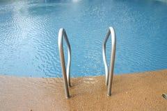 Pisado na piscina. foto de stock royalty free