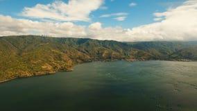Piscicultura en el lago Taal Luzón, Filipinas almacen de video