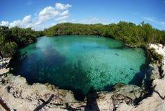 Piscina clara del buceo con escafandra Imagen de archivo