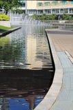 Piscina de agua del espray en el klcc Imágenes de archivo libres de regalías