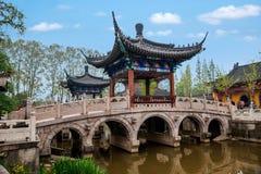 Piscina del lanzamiento del templo de Zhenjiang Jiashan Dinghui Imagen de archivo