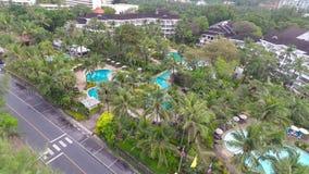 Piscina dell'hotel Strada aereo archivi video