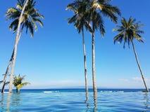 Piscina en Bali, Indonesia del infinito Fotos de archivo
