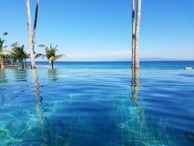 Piscina en Bali, Indonesia del infinito Foto de archivo