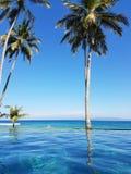 Piscina en Bali, Indonesia del infinito Fotografía de archivo