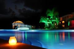 Piscina en la noche Imágenes de archivo libres de regalías