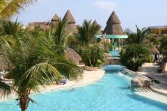 Piscina iberostar del lindo del paraiso del maya de México riviera Imagen de archivo libre de regalías