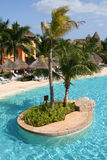 Piscina iberostar del lindo del paraiso del maya de México riviera Foto de archivo libre de regalías