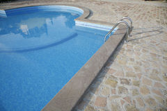 Piscina italiana agradable Fotos de archivo