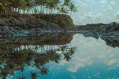 Piscina oceánica de la isla tropical de Sao Tome imágenes de archivo libres de regalías
