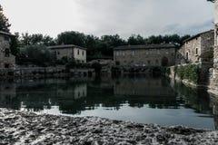 Piscina principal del balneario de Bagno Vignoni foto de archivo