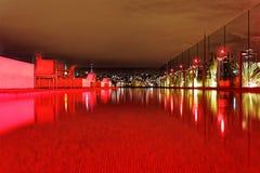 Piscina roja Fotos de archivo