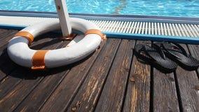 Piscina solar propuesta de la agua caliente fotografía de archivo