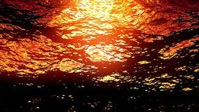 Piscina subaquática com Sun alaranjado no por do sol filme