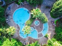 Piscina típica do apartamento da vista aérea em América Imagem de Stock Royalty Free
