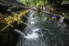 Piscina tradicional en Bali imágenes de archivo libres de regalías