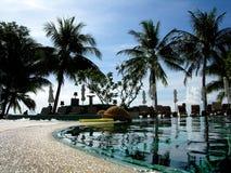 Piscina tropical foto de archivo
