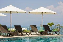Piscina tropical bonita. Tailândia. fotos de stock royalty free